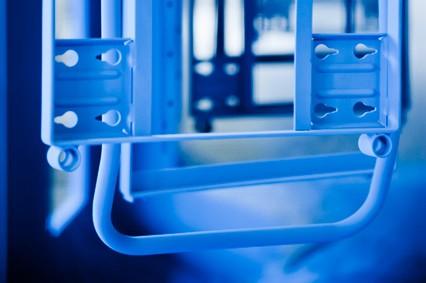 Bauteil blau Pulverbeschichtet